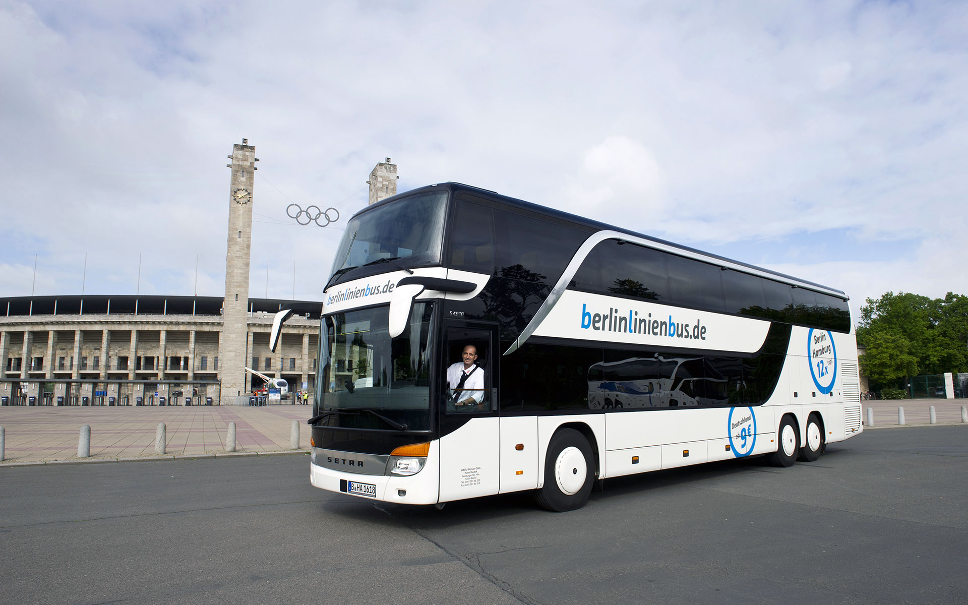 A Berlin Linien Bus outside the Olympic Stadium in Berlin (source: berlinlinienbus.de/photo © Martin Moritz).