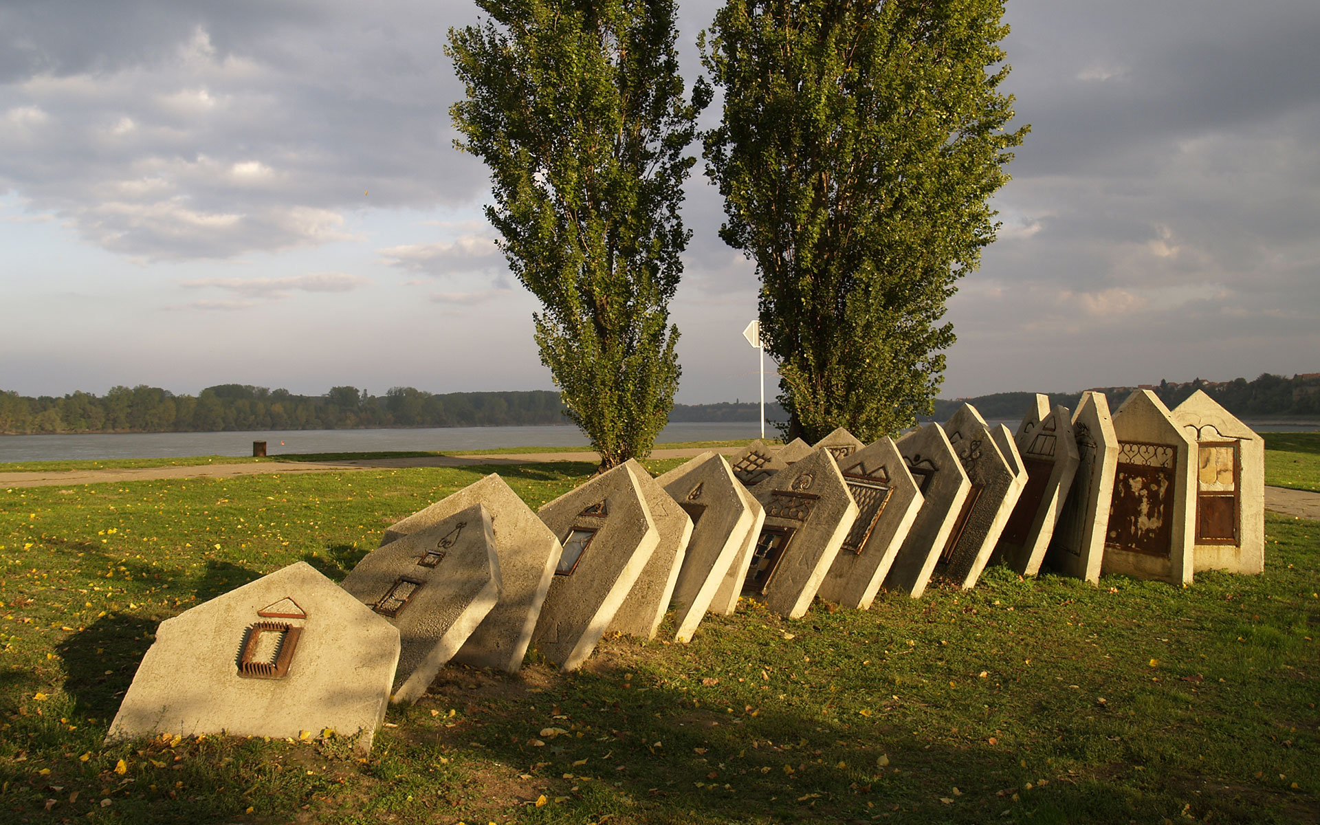 This striking modern art installation on the banks of the Danube in Vukovar recalls the turbulent recent history of eastern Croatia (photo © hidden europe).