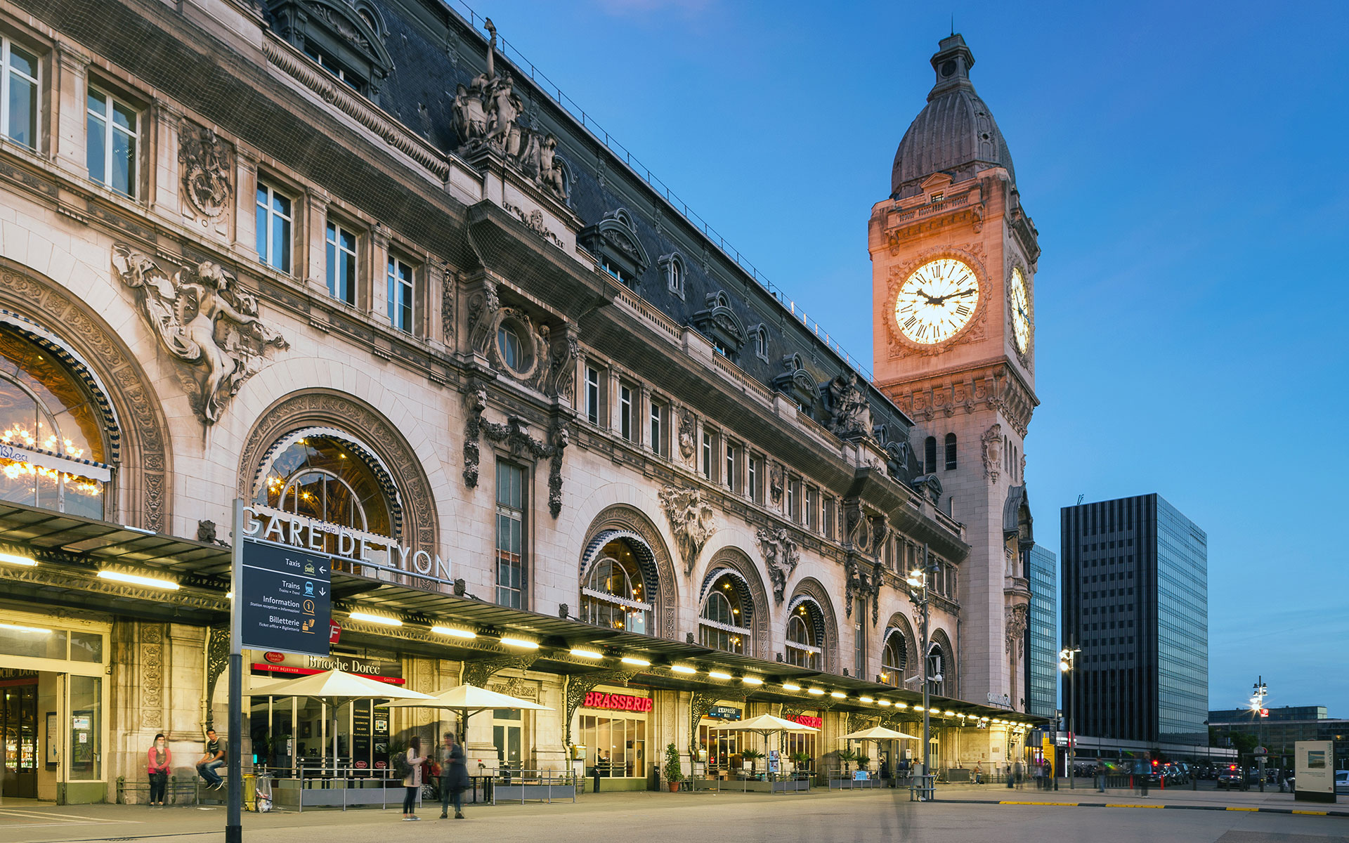Paris Gare de Lyon (photo © Crobard / dreamstime.com)