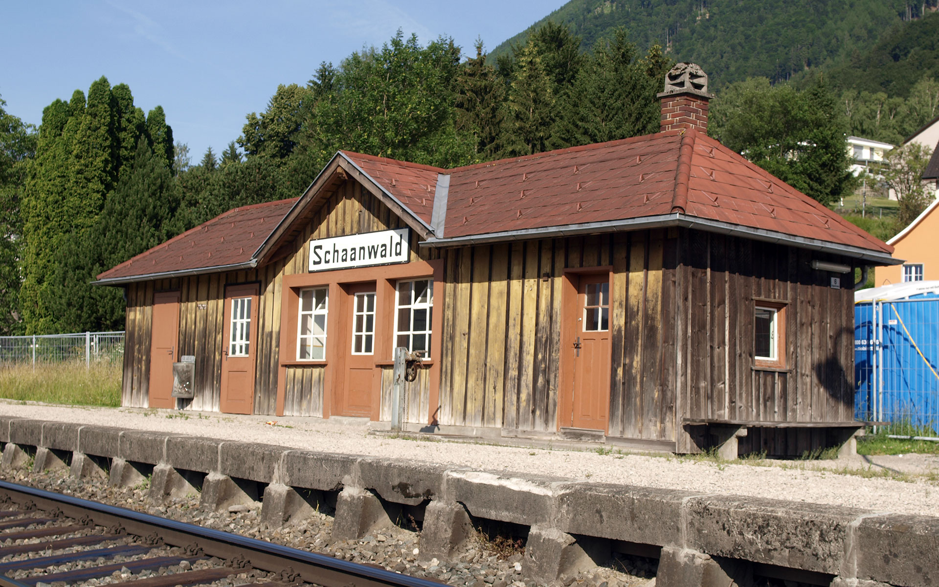 Although Liechtenstein was never formally part of the Habsburg Empire, there are real hints of K&K style in the Principality's railway stations. This is the small halt at Schaanwald, just one kilometre from the border with Austria (photo © hidden europe).