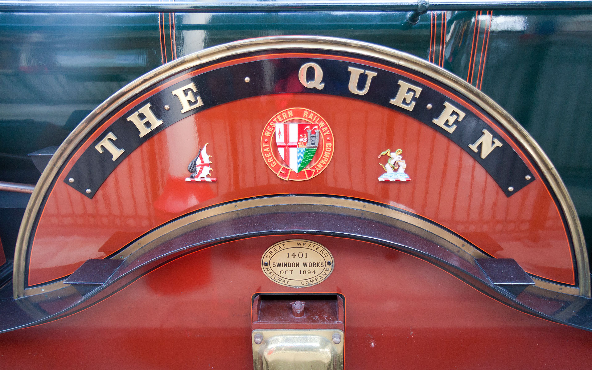 GWR locomotive 3041 gave sterling service on routes out of Paddington from 1894 until 1912. The engine was originally named Emlyn, but then renamed The Queen in 1897. A replica of the locomotive now stands at Windsor & Eton station (photo © Khellon / dreamstime.com).